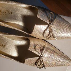 Escada Shoes - Escada Pearl Snake Pump - New In Box!